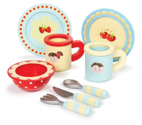 Lets play house. Le Toy Van wooden Dinner set. AGE: 3+#toys2learn#letoyvan #honeybake#dinne#set#cooking#cook #kitchen#food#pretendplay#play#toys#toy #kids #children #child