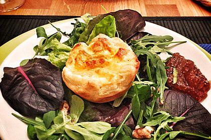 Quiches mit Camembert und Feigensenf, ein leckeres Rezept aus der Kategorie Snacks und kleine Gerichte. Bewertungen: 33. Durchschnitt: Ø 4,3.