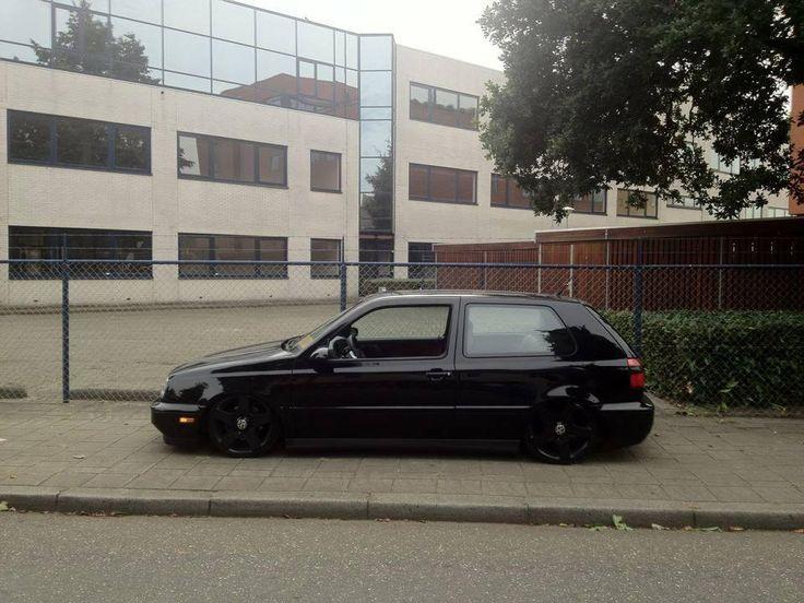 Black on black - gloss bumpers