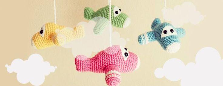 Vliegtuigjes Baby Mobiel - Gratis haak patroon - Ingenious by me