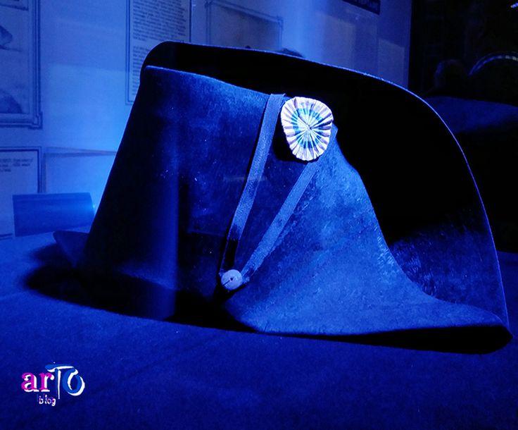 """Uno degli chapeau di Napoleone (exhibition """"J'arrive. Napoleone Bonaparte"""" in Turin) #history #exhibition"""