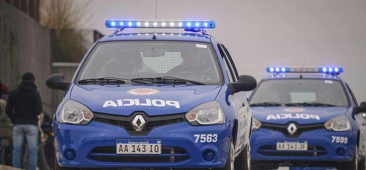 Renault Clio Mio . Policia de la Provincia de Cordoba.
