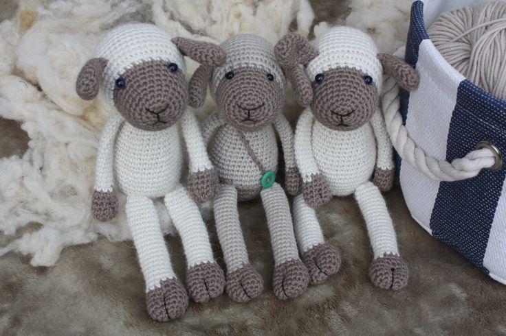Amigurumi Crochet Sheep PATTERN - Lexie Lamb + bonus version - Crochet PDF Tutorial - In English von TinyAmigurumi auf Etsy https://www.etsy.com/de/listing/470204672/amigurumi-crochet-sheep-pattern-lexie