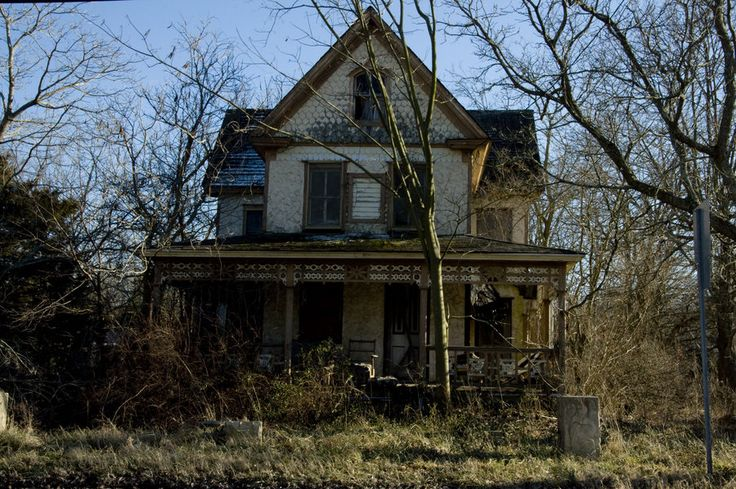 haunted_house_4_by_fairiegoodmother-d5d3x91.jpg 900×598 pixels