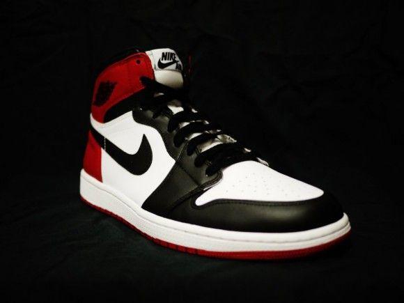 """Air Jordan 1 """"Black Toe"""""""
