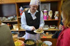 Источник:www.tverigrad.ru21 ноября в Твери и во всём мире вновь пройдёт «Ресторанный день», когда каждый сможет открыть кафе или бар и потчевать гостей вкусными блюдами за добровольное вознаграждение.
