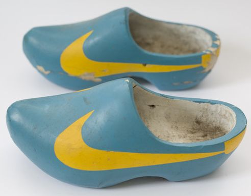 NIKE clog | 30 Years Too Late