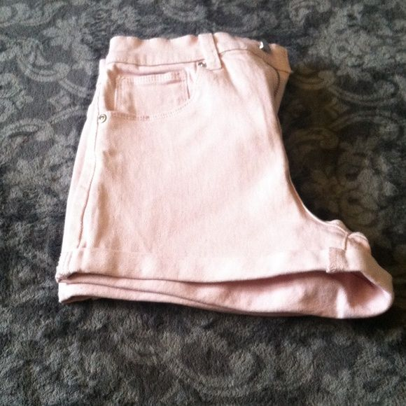 High waisted shorts Great style with lots of spandex and High waisted pastel pink shorts. I Forever 21 Shorts Skorts