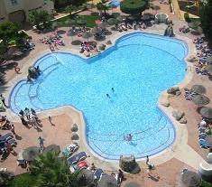 Disfruta de 3 noches en Roquetas de Mar en el Hotel Bellavista **** en régimen de media pensión. Oferta desde el 21 de agosto al 02 de septiembre, media pensión desde 129 euros. Ver enlace:    http://goo.gl/WpMXJ