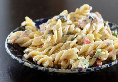 This Ham Pasta Salad is Hearty and Delicious: Pasta Salad With Ham