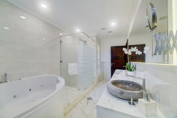 1000 images about bathrooms our renovations on pinterest palm jumeirah luxury villa and Bathroom design jobs dubai