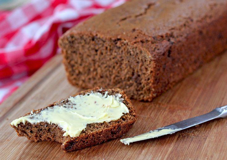 The Kiwi Cook   Ontbijtkoek (Dutch Spice Bread)   http://thekiwicook.com