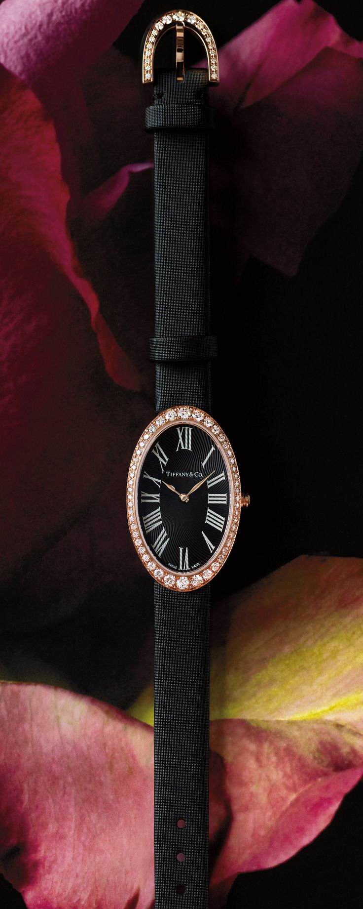 The time is now. Discover timeless Tiffany watch designs, like the Tiffany Cocktail 2-Hand 21 x 34 mm women's watch in 18k rose gold.