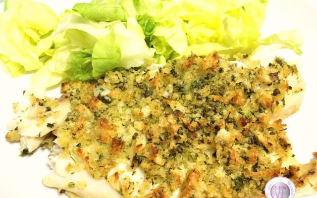 Ricetta filetto di cernia con panure mediterranea La panure è una croccante e deliziosa panatura perfetta per gratinare al forno sia la carne che il pesce. Oggi vi propongo la ricetta del filetto di cernia con panure mediterranea realizzata con prez #ricette #cucina #secondi #pesce