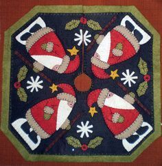 SANTAS ON PARADE PENNY RUG TREE SKIRT Instant Download