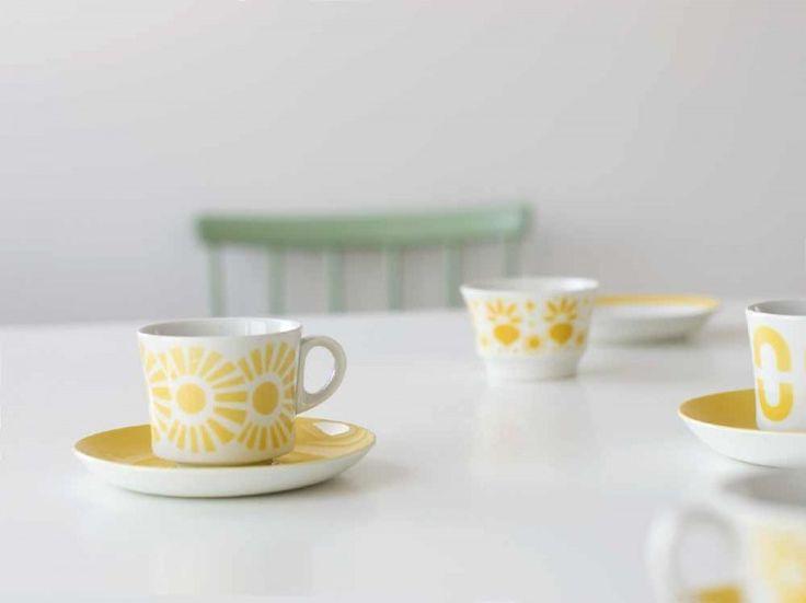 retro coffee cups & saucer sby Arabia Finland. nama.fi
