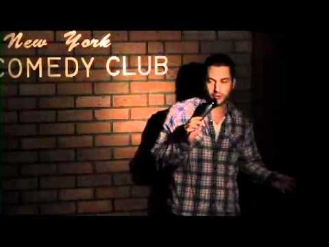 Simon at the NY Comedy Club.mov - http://comedyclubsnyc.xyz/2016/11/04/simon-at-the-ny-comedy-club-mov/
