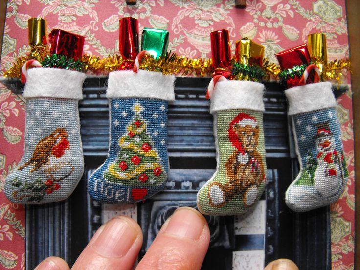 kit to make 4 x 112 scale dolls house miniature christmas stockings