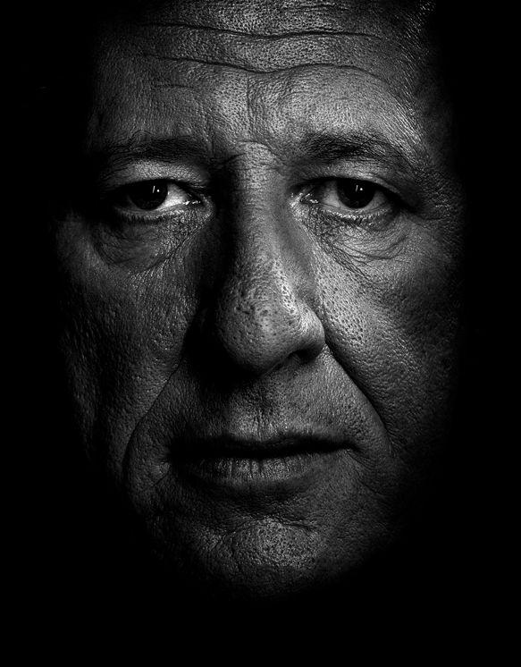 Portrait of Geoffrey Rush by Isamu Sawa