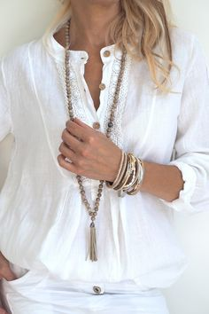 Linen shirt, White with lace trim and buttons
