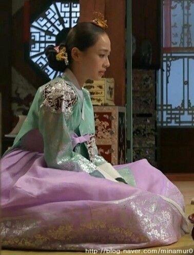 [장옥정, 사랑에 살다]Jang Ok Jung, Live In Love (Yoo Ah In)Jang Ok-jung, Living by Love (Hangul: 장옥정, 사랑에 살다; RR: Jang Ok-jeong, Sarang-e salda) is a 2013 South Korean historical television series, starring Kim Tae-hee, Yoo Ah-in, Hong Soo-hyun. It is about Jang Ok-jung, the real name of Jang Hui-bin, a royal concubine during the Joseon Dynasty. Based on the 2008 chick lit novel by Choi Jung-mi, it is a reinterpretation of Jang Hui-bin's life, as a woman involved in fashion design and…
