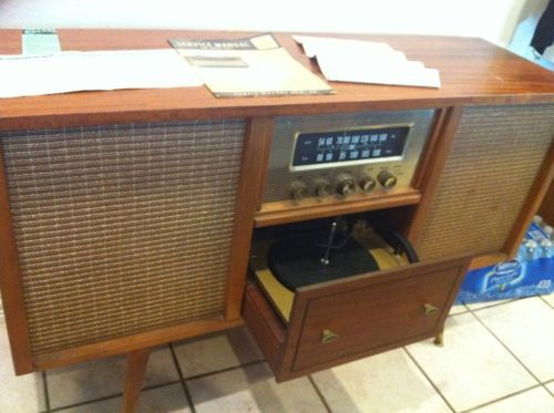 Curtis Mathes Stereo with turntabale and radio; Model 2714B - The Official Vintage Curtis Mathes site by Glenn Waters