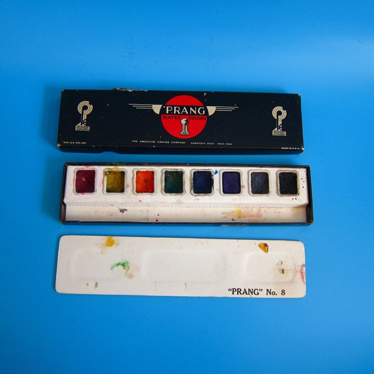 Vintage Prang Watercolor Set No. 8 - 1950s 60s retro artist paint art supplies tools painting by amccahon on Etsy https://www.etsy.com/listing/495904792/vintage-prang-watercolor-set-no-8-1950s