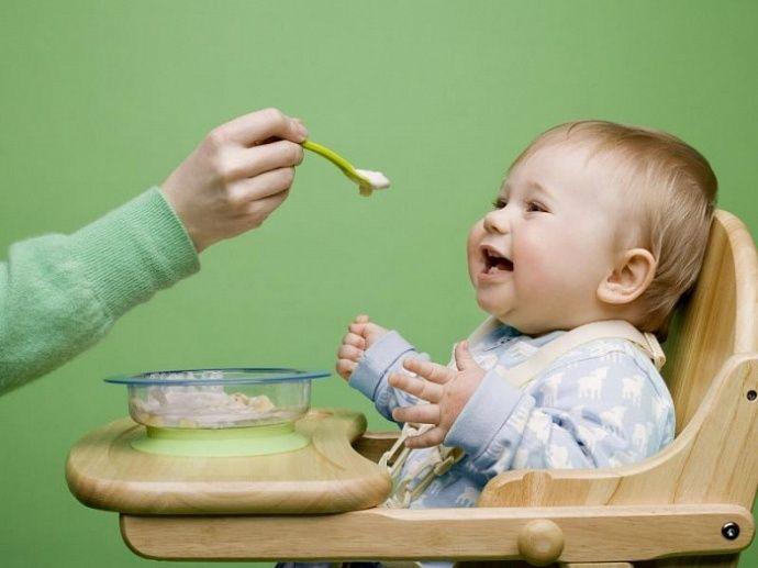 Питание детей младшего возраста стало национальной программой. Меню для детей