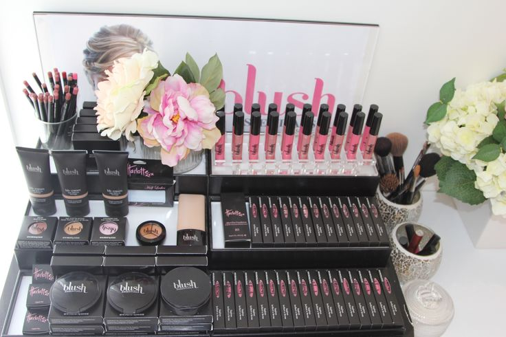 Natural colours for stunning natural looking makeup - it's what we love so it's all we do !