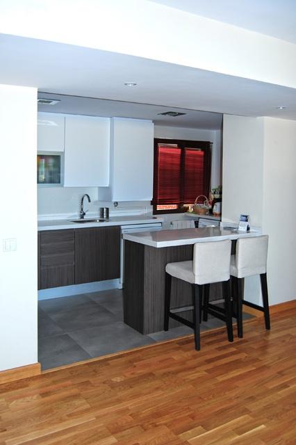 cocina integrada para las nias estn bien por acgp_tedamosarquitectura