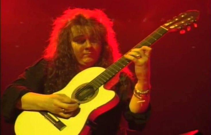 Yngwie Malmsteen - Live - Consert in Budokan , Tokio....Phenomenal :))) Interesting new baroc-to-rock style...