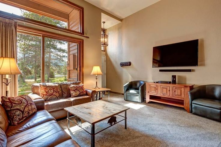 This condo at the Cedars in #Breckenridge is one of our closest lodging options to the ski run, and is spacious: http://www.gwlodging.com/rentals/properties/cedars-3/?utm_campaign=coschedule&utm_source=pinterest&utm_medium=Great%20Western%20Lodging&utm_content=The%20Cedars%203%20%7C%20Breckenridge%20Vacation%20Townhomes