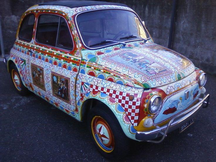FIAT 500,TUTTA DECORATA AD ARTE E IN OGNI PARTICOLARE,DALLA GRANDE MAESTRA DEI CARRETTI SICILIANI,MARY.
