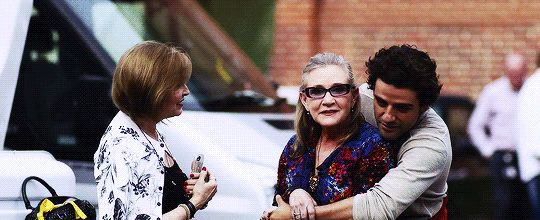 Marylou Hamill, Carrie Fisher and Oscar Isaac at Pinewood Studios Star Wars: The Last Jedi Behind The Scenes