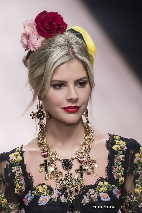 96794ceeb Dolce & Gabbana Spring/Summer 2019 -Details#jewelry | Dolce Gabbana ...