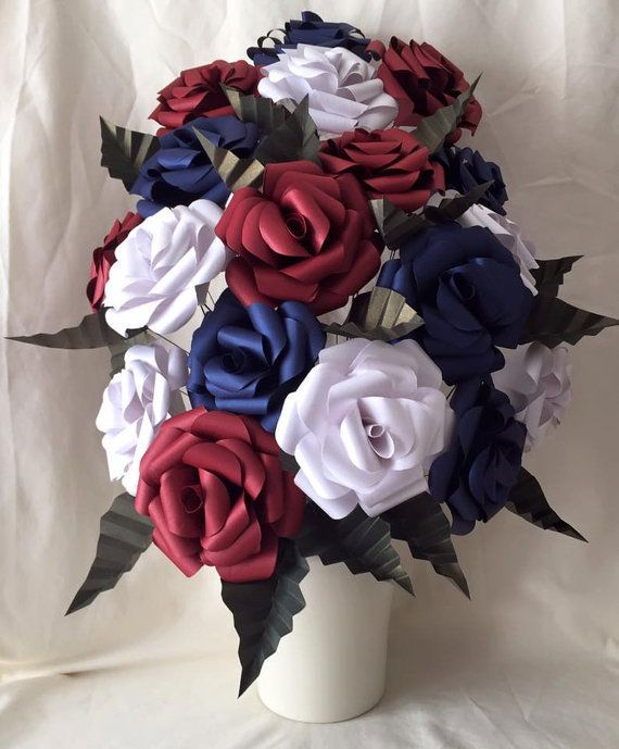 Patriotic Floral Display Paper roses flower by DianaSianCrafts