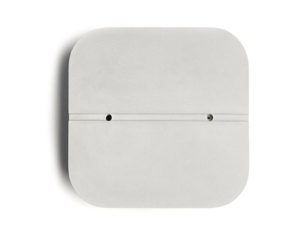 Quadrata-L wall light designed by Valentino Marengo