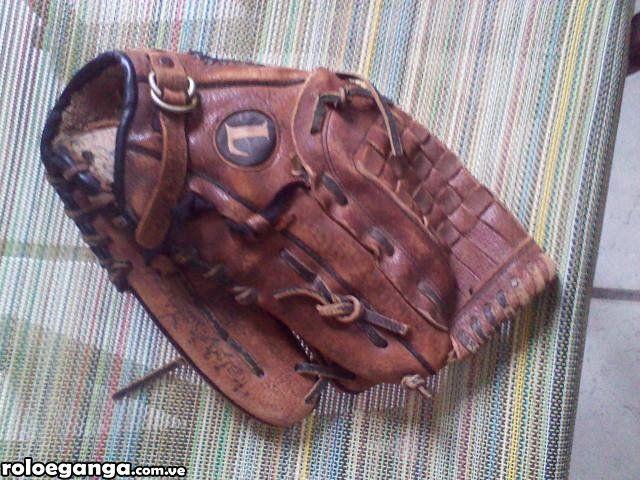 Combo 2 guantes de béisbol