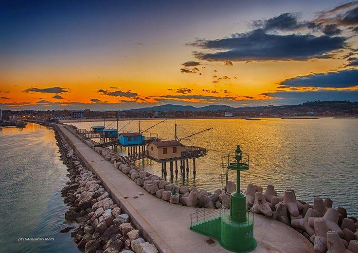 Il Molo di Ponente in una foto di Massimo Radi