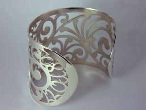 196 best Saw-pierced jewelry images on Pinterest   Jewelry ...