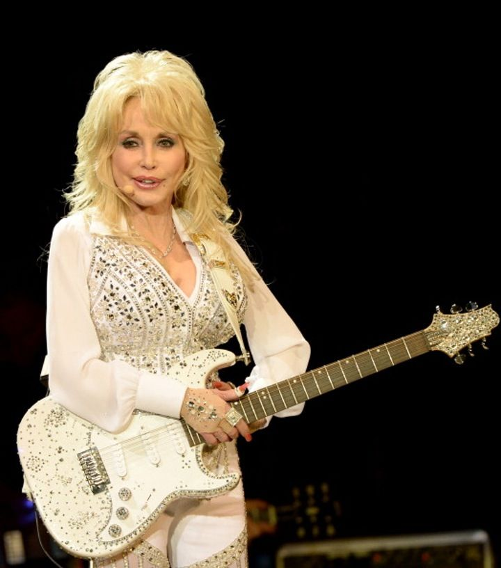 "EXCLUSIVE: Dolly Parton's Marriage is ""Stronger Than Ever""!"