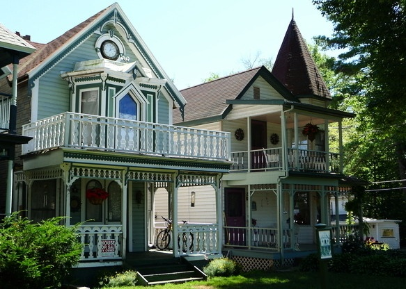 Victorian cottages, Lily Dale Ny- The City of Light: Places To Visit, Lilies Dale, Favorite Places, Mammaw Places, Lilydal Houses, Dale Ny, Dale Houses, Cool Places, Beautiful Lilies