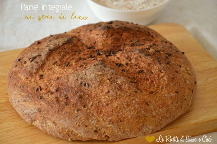 хлеб из цельной пшеницы с семенами льна
