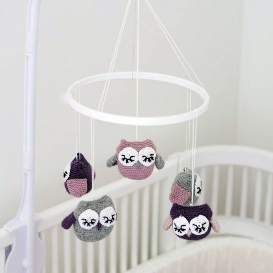 i want this when i have babies! Make this adorable baby mobile with crochet owls