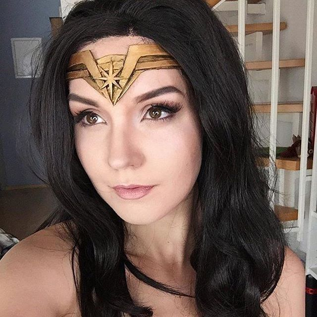 This #lotd by @lie_chee is gorgeous and perfectly subtle for Wonder Woman. Love the neutral colors. Who'd be down for a neutral #NerdMakeup palette? #Repost @lie_chee ・・・ Actually I just wanted to record a Wonder Woman Tutorial for my workshop at Comic Con Germany, but now I want to cosplay her for real. What do you say? Shall I do it? I know that so many want to do this, but ahhhh it's so tempting haha #wonderwoman #wonderwomancosplay #cosplay #cosplaymakeup #makeup #wonderwomanmakeup #