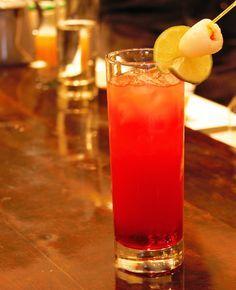 O SOHO LE MIO - cocktail Vodka - Soho - jus de canneberge et de pamplemousse.