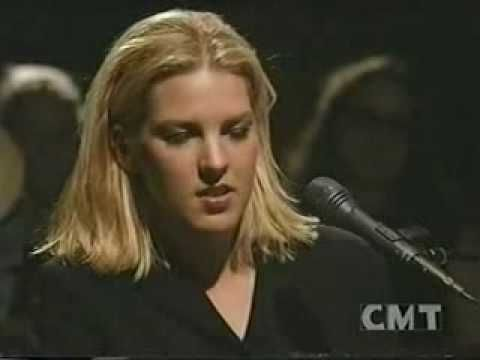 ▶ Diana Krall - Peel Me a Grape - YouTube
