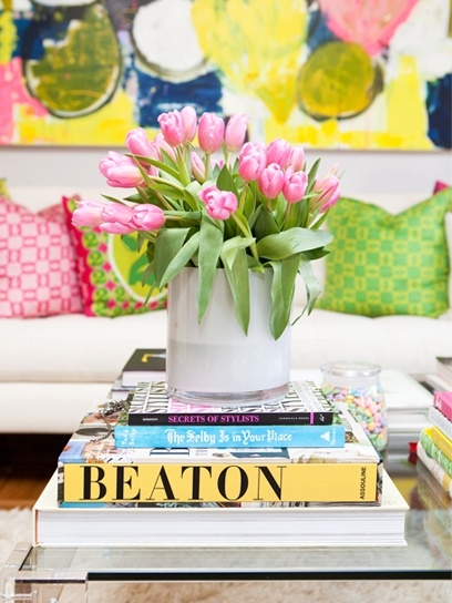 color love: Decor, Books, Coffee Tables, Spring Colors, Living Room, Happy Colors, Coff Tables, Flowers, Pink Tulip