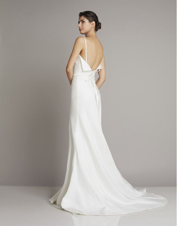 Slim Straight wedding dress of silk with spaghetti straps and beautiful back details of Giuseppe Papini