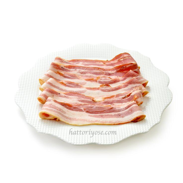The best delicious bacon! 食欲をそそる香ばしい香り! 日本一美味しい二郎さんの手作りベーコンです♪ #ベーコン #乾塩法 #直火式スモーク #ハム工房ジロー  #イノダコーヒー  #はっとりよせ